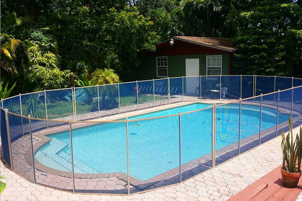 Blue swimming pool fences baby guard fence